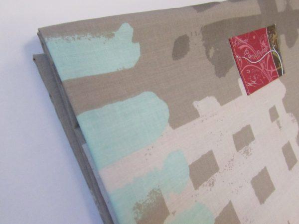 Écharpe rigide grise et turquoise